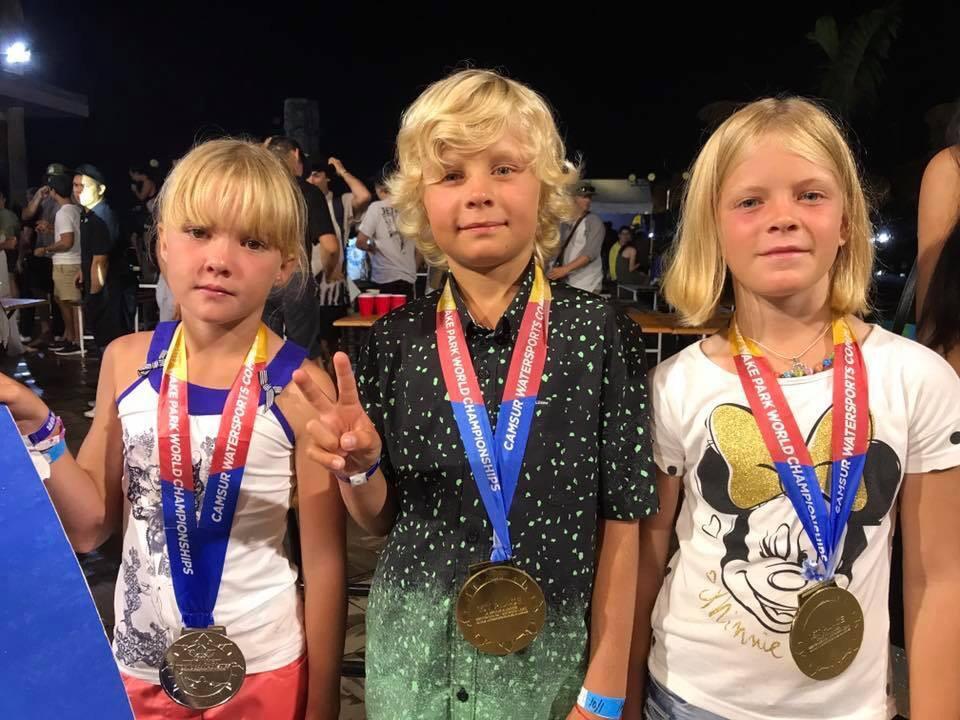 Украинская команда по вейкбордингу завоевала 3 медали на чемпионате мира